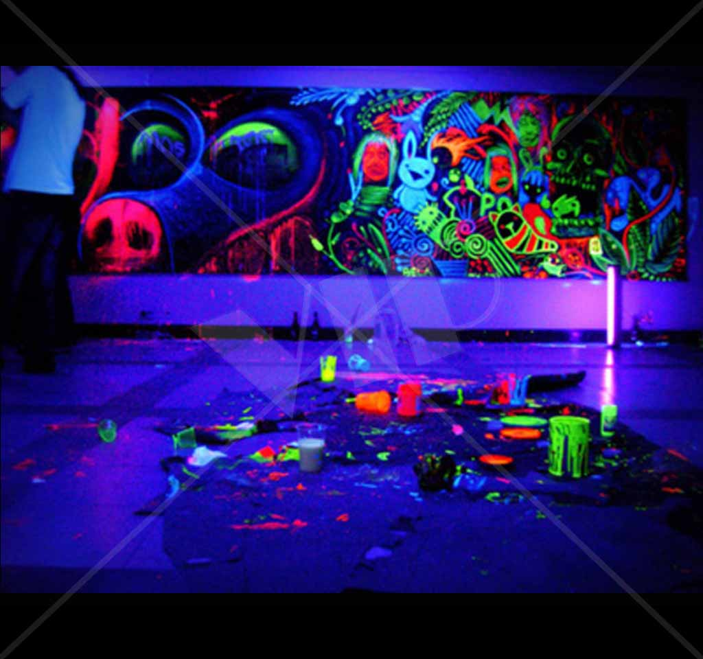 How To Make Fluorescent Paint At Home